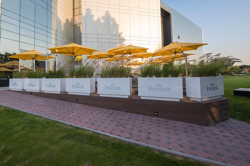 Paraflex multi parasols Panos Dubai HR.j