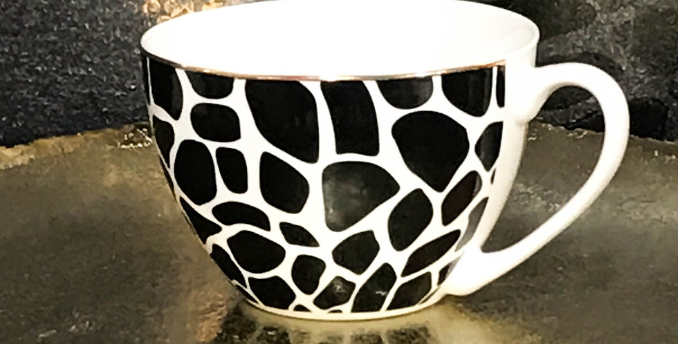 Jumbo Giraffe Mug with Gold rim