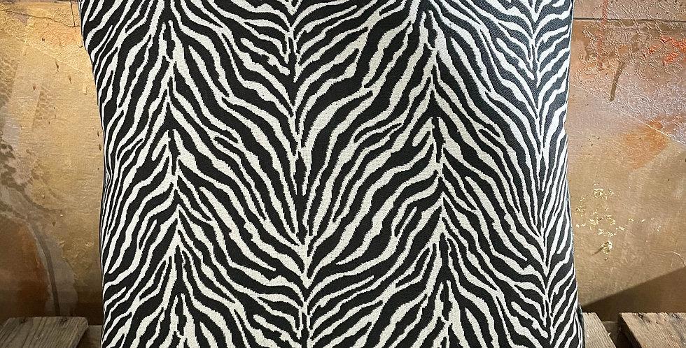Zebra Cushion leather trim