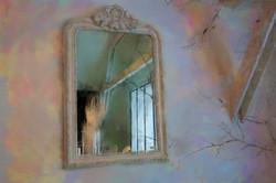 Spiegel, artistiek inspiratie door Laure Van De Meele, naar Flamant interiors
