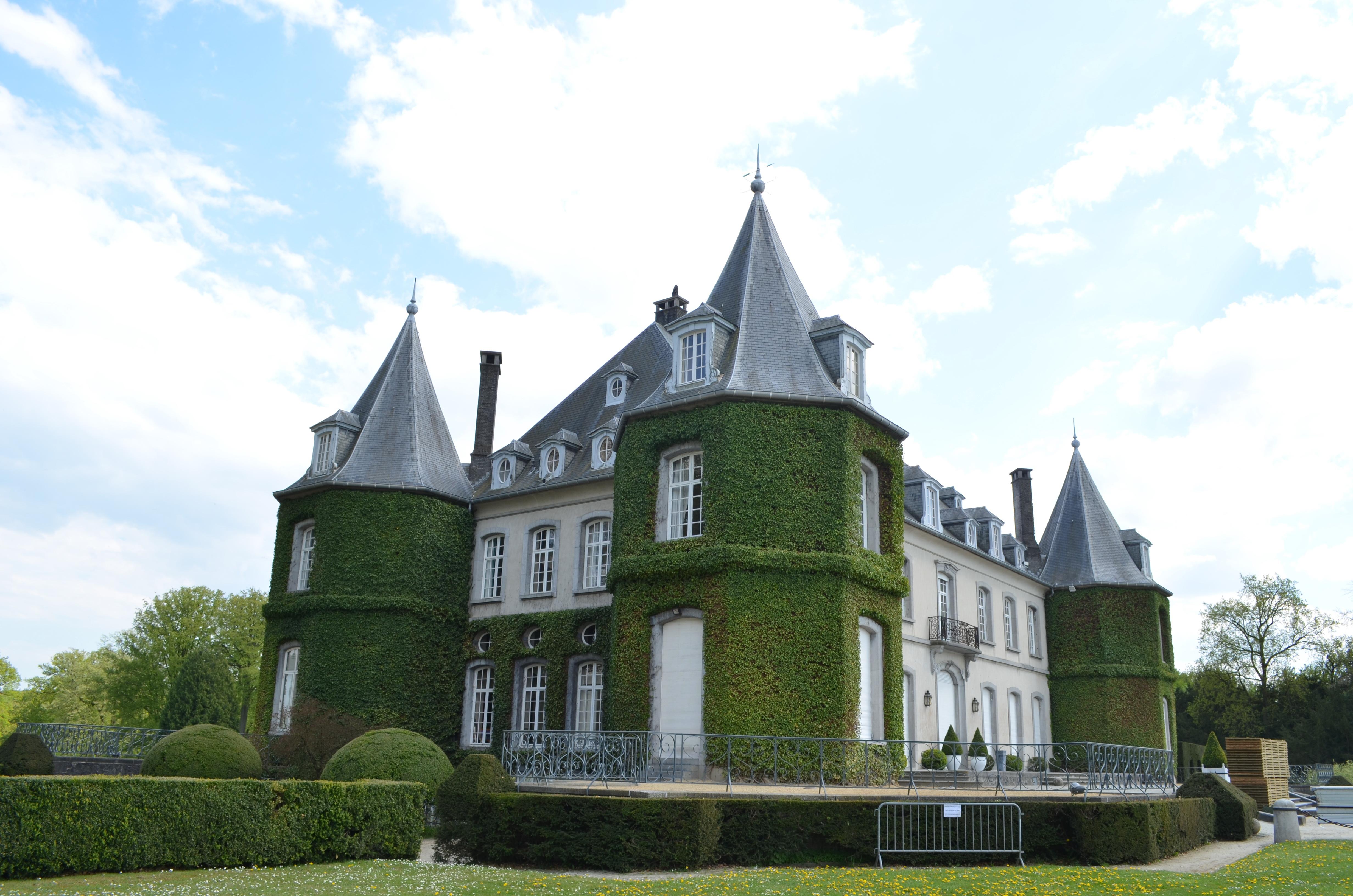 Laure_Van_De_Meele_photo_originale_du_Château_de_la_Hulpe_B