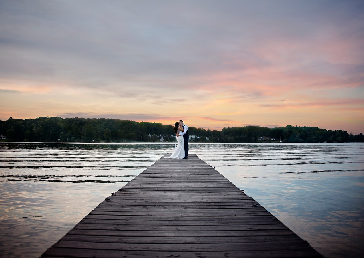 #haliburtonwedding #summerwedding #weddingonthelake