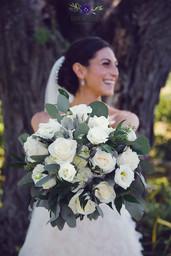 #barnwedding #Ashburnwedding #brooklinphotography #durhamregionweddingphotography #weddingflowers