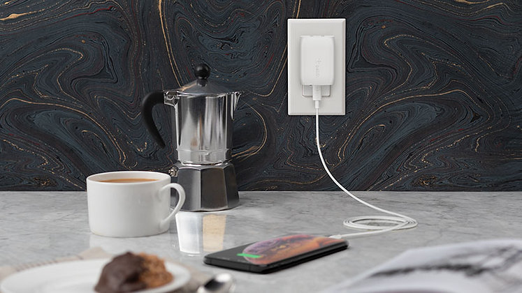 Belkin Boost USB-C Wall Charger with USB-C to Lightning Cable (18W)