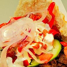 Kebab drobiowy w bułce