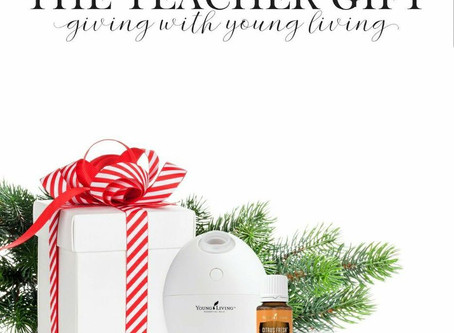 THE TEACHER GIFT | ESSENTIAL OILS | PROMO