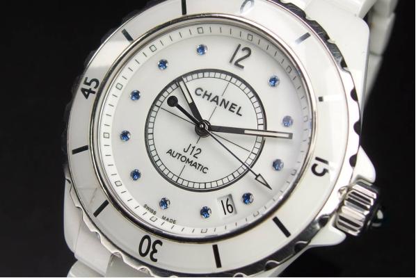 CHANEL シャネル J12 ホワイト.png