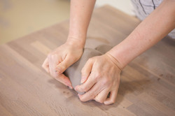 knead clay
