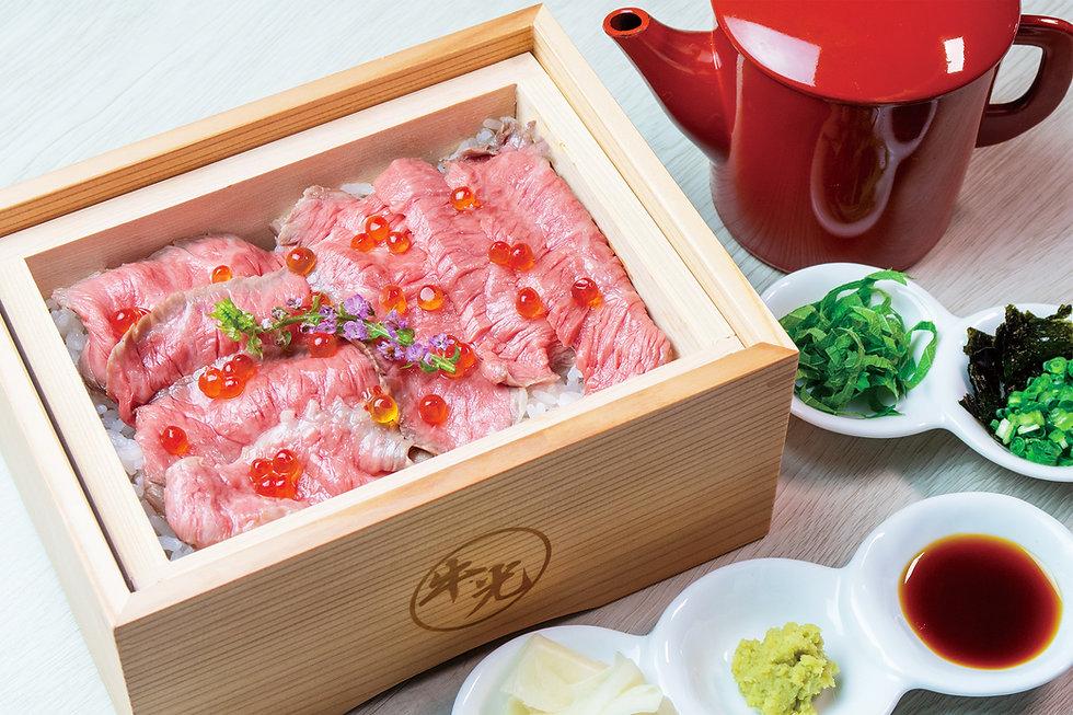 黒毛和牛肉寿司.jpg