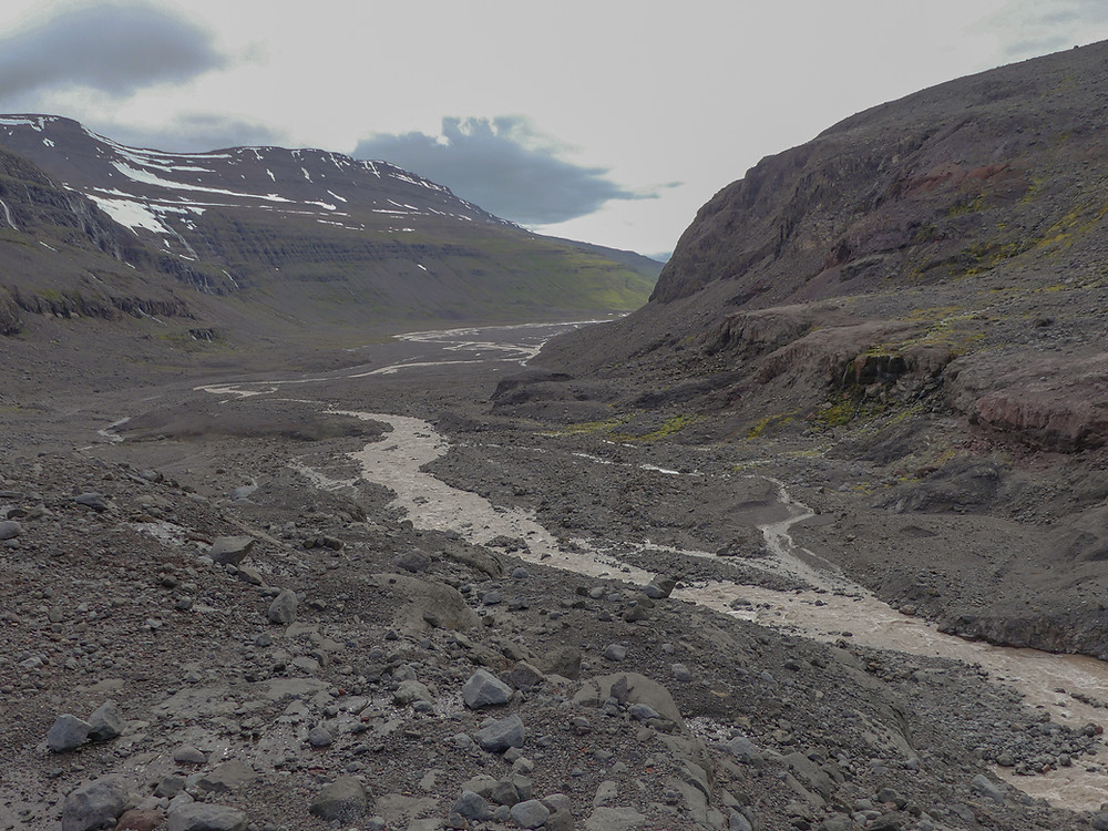 Hiking from the Jökulsárlón of the Westfjords to the foot of Drangajökull glacier.