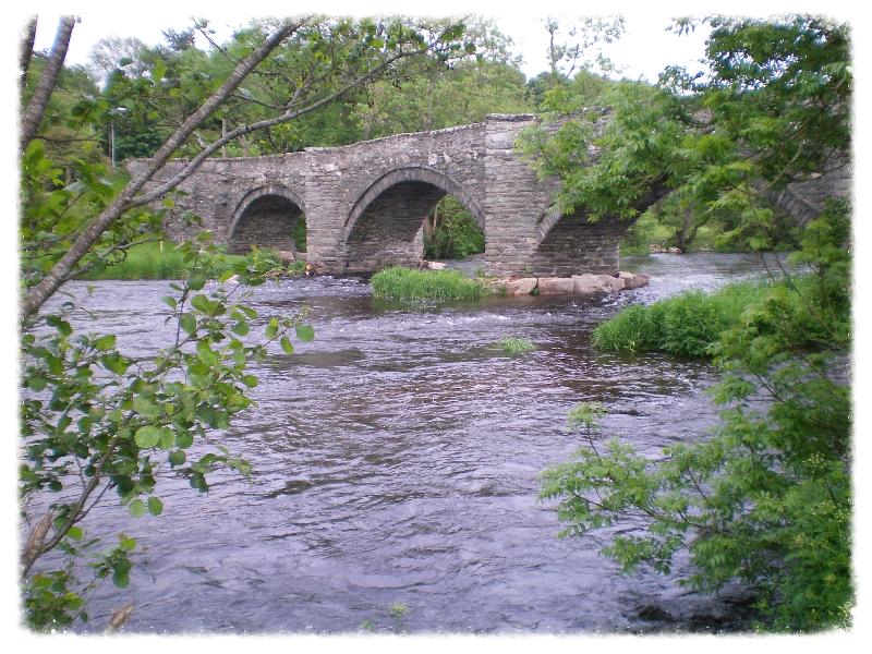 Bridge Pont Dyfrdwy, Cynwyd