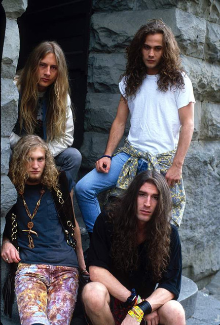 record-photo-alice-in-chains.jpg