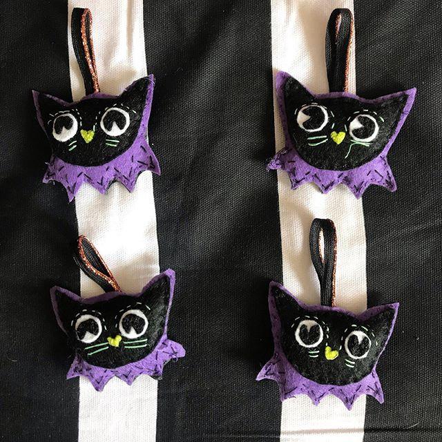 Feline felt decorations