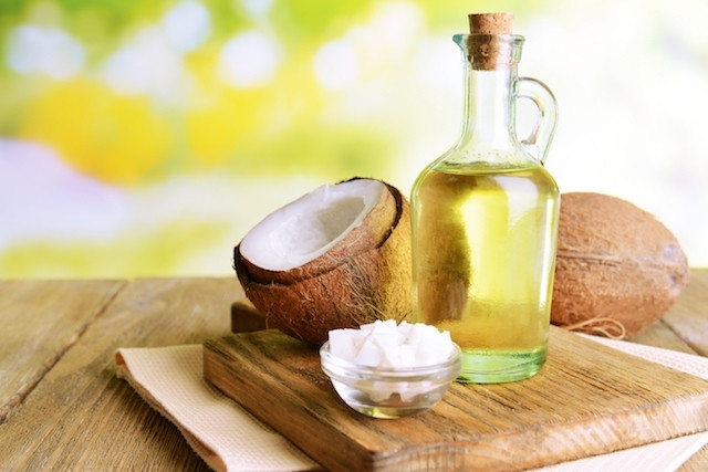 4 Formas de usar o Óleo de Coco natural