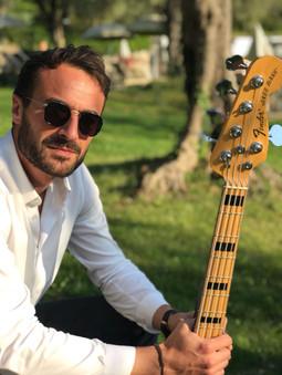 Notre bassiste chanteur, Maxime Eberlein