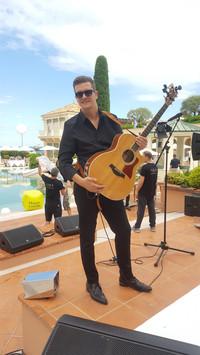 Jérôme Caissotti / Guitariste chanteur