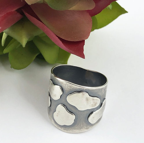 Tapered Cloud Ring