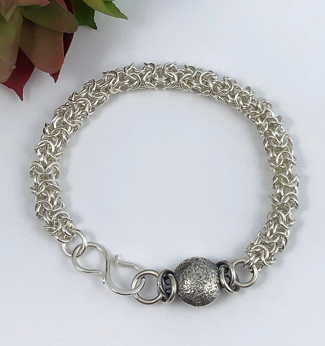 Tiny Turkish Round Bracelet with Silverdust Bead