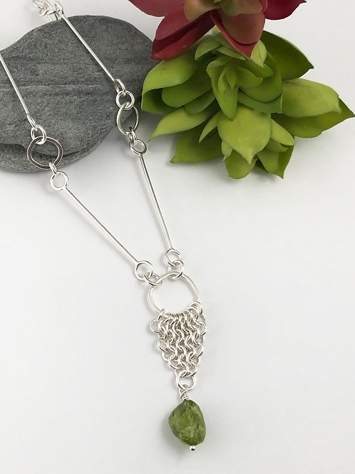 Maille Necklace with Peridot