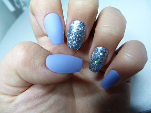 Matte Lilac Coffin Shaped Nails With Blue And Silver Feature Sizes 0 9 Total Of 20 Included Glue