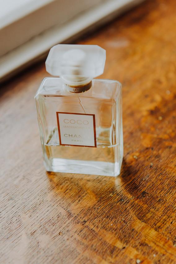 Bride's-perfume-wedding-photography.jpg