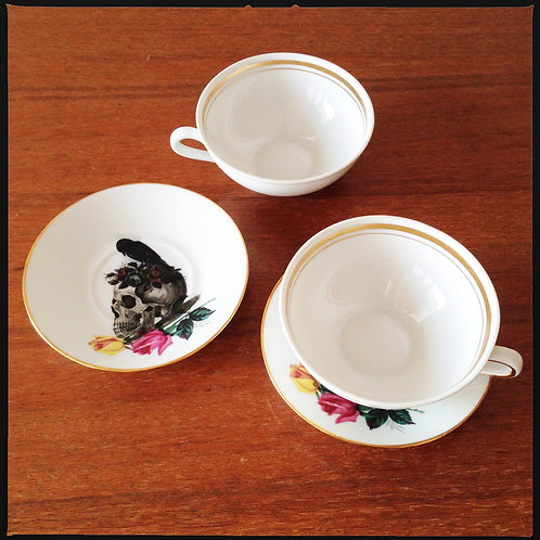 COFFEE CUP & SAUCER  // 2 pieces