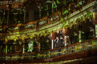 Cantantes de opera durante una boda en el Teatro de Heredia (Adolfo Mejía)