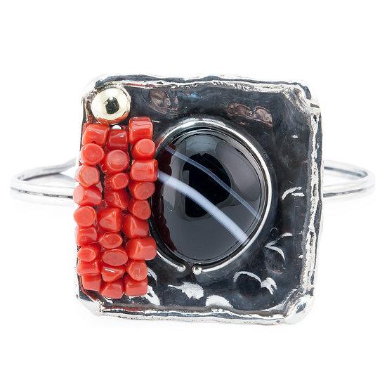 Bracciale quadrato argento fiammato, corallo rosso e agata striata