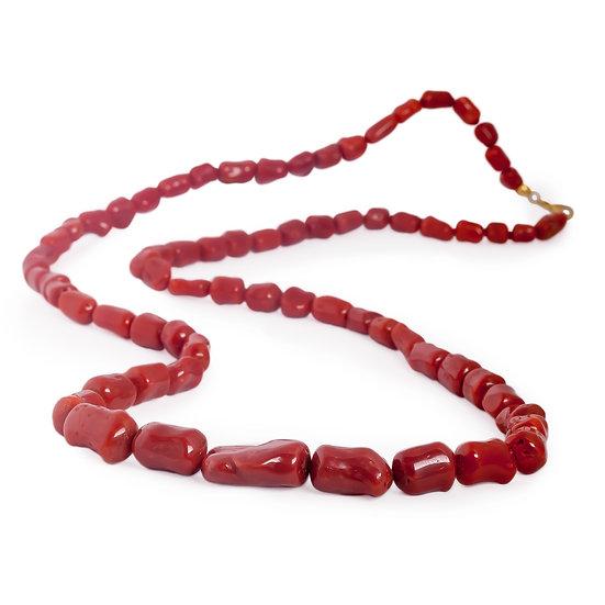 collana sassolini corallo rosso e oro