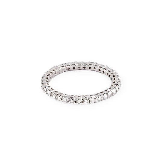 anello fascia diamanti oro bianco
