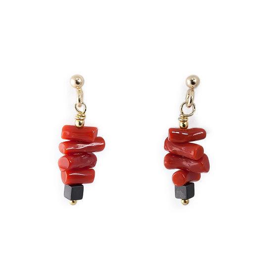 Orecchini pendenti piccoli corallo rosso, argento dorato, ematite
