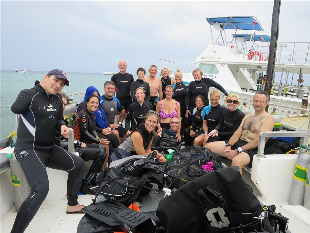 Scuba Holiday group on boat (Medium)