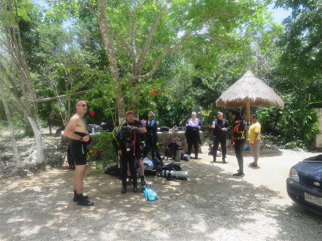 1 cenotes group2 (Medium)