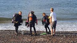 polly group at shore