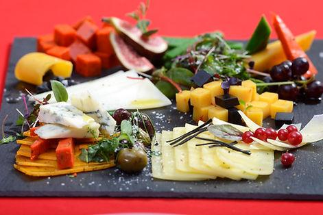 Yellito catering - sýrová mísa - tapas