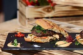 Karboš burger - YELLITO CATERING