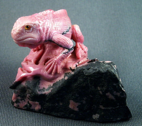 Rhodonite Iguana