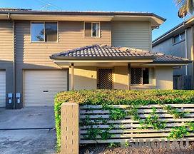 7-8 Earnshaw Street, Calamvale QLD 4116.