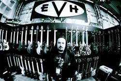Rafael @EVH Gear Booth