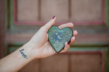 hearthand2.jpg