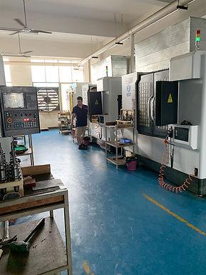 写真:協力工場の内観