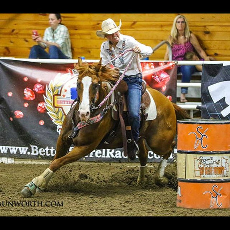 Minnesota Barrel Racer, Trainer and Cowg