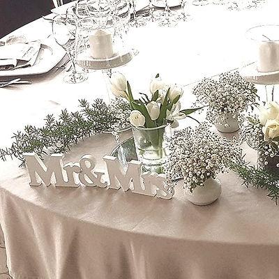 En Floristeria La Alqueria de la ciudad de Valencia podra encontrar grandes diseños de ramos de novia, decoraciones especiales para vuestra ceremonia y sobre todo una profesionalidad para decorar el banquete de vuestra boda.