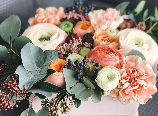 Desde nuestra web encontrara ramos de flores de la mejor calidad para regalar y enviarlas en la ciudad de Valencia