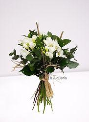 Ramo de flores fresias con una fragancia unica. Envio y repartos en la ciudad de Valencia España