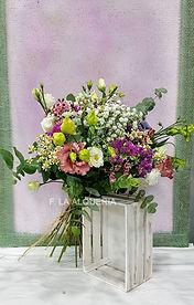 Floristeria la alqueria ramo de flores con colorido, inspirado en las islas canarias