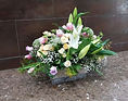 Arreglo floral en una caja de madera ideal pra realizar un estupendo regalo. Floristeria en valencia la alqueria