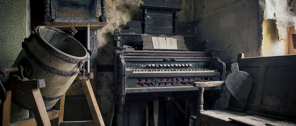 Derelict Abandoned Farmhouse Farm Urban Exploring Explorer Photographer Taken By Me Photography Piano Cloud House