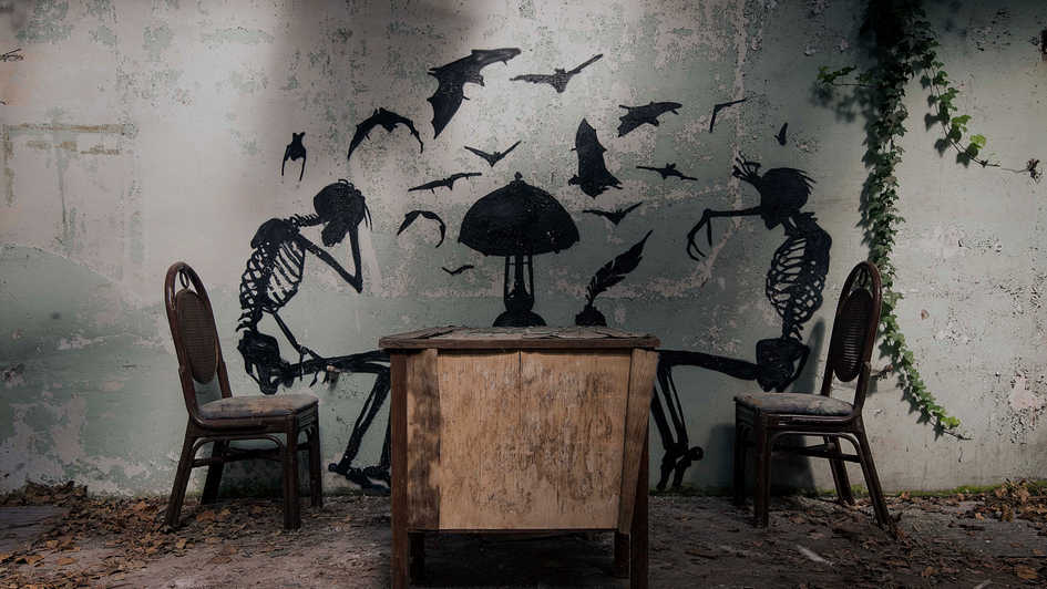 'Dark Dining'