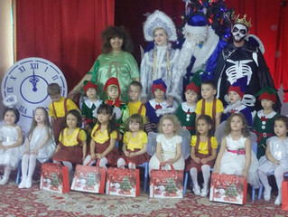 «Приключения валенок Деда Мороза»  в группе «Карлығаш»
